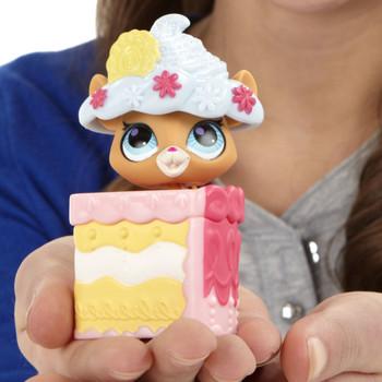 Littlest Pet Shop Sweetest Hide & Sweet #3068 CHIPMUNK