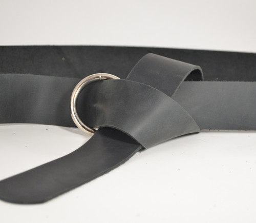 Ring belt in Black