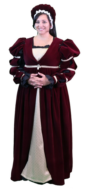 Verona Ensemble in Burgundy
