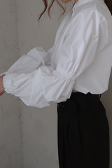 Puff Sleeve Blouse from kellinsilver.com