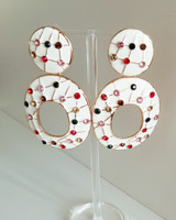 Lizzie Hoop Earrings in White on kellinsilver.com