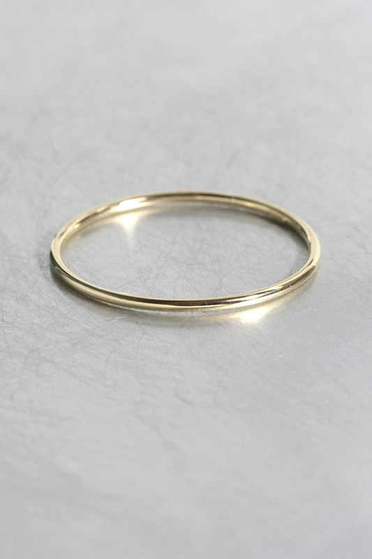 14k Simple Gold Bangle Bracelet from kellinsilver.com