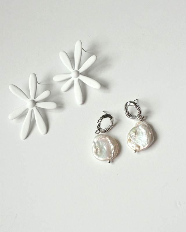 Moment Pearl Dangle Earrings from kellinsilver.com