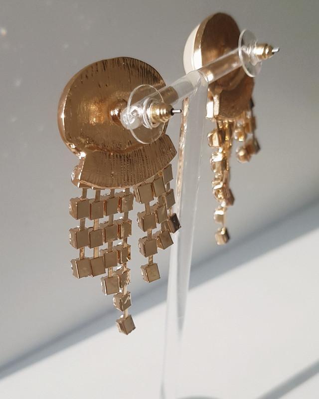 Elris Pearl Jewel Drop Earrings from kellinsilver.com