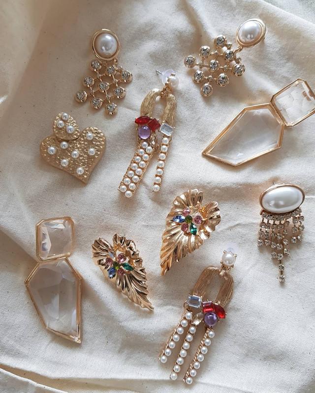 Gold Arcoiris Earrings from kellinsilver.com