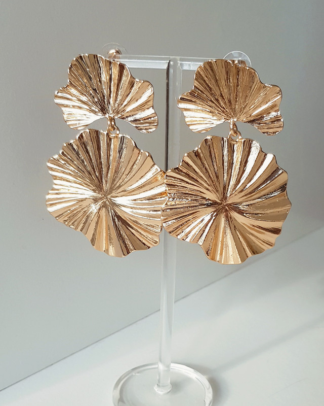 Pleated Flower Earrings