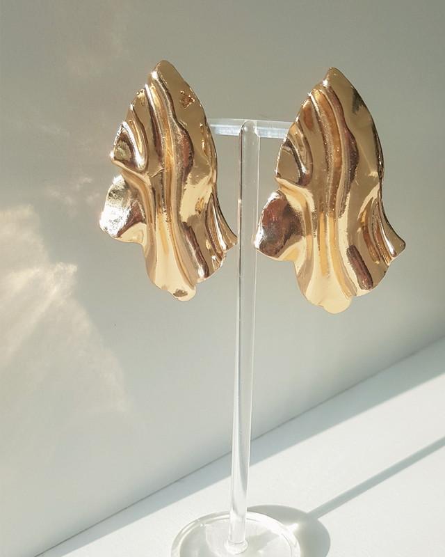 Paper Wrinkle Earrings from kellinsilver.com