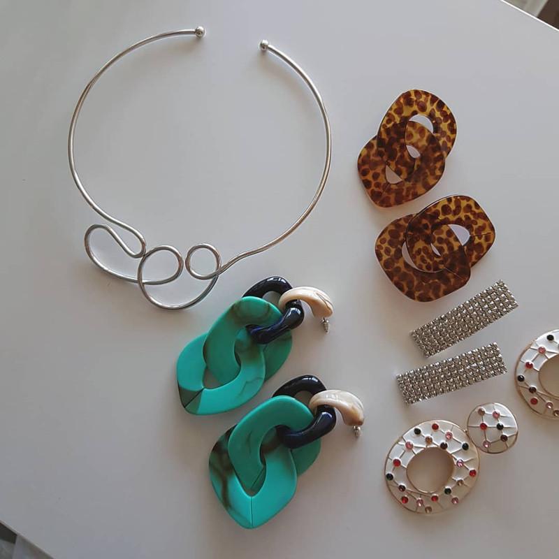 Rhinestone Curved Stick Earrings on kellinsilver.com