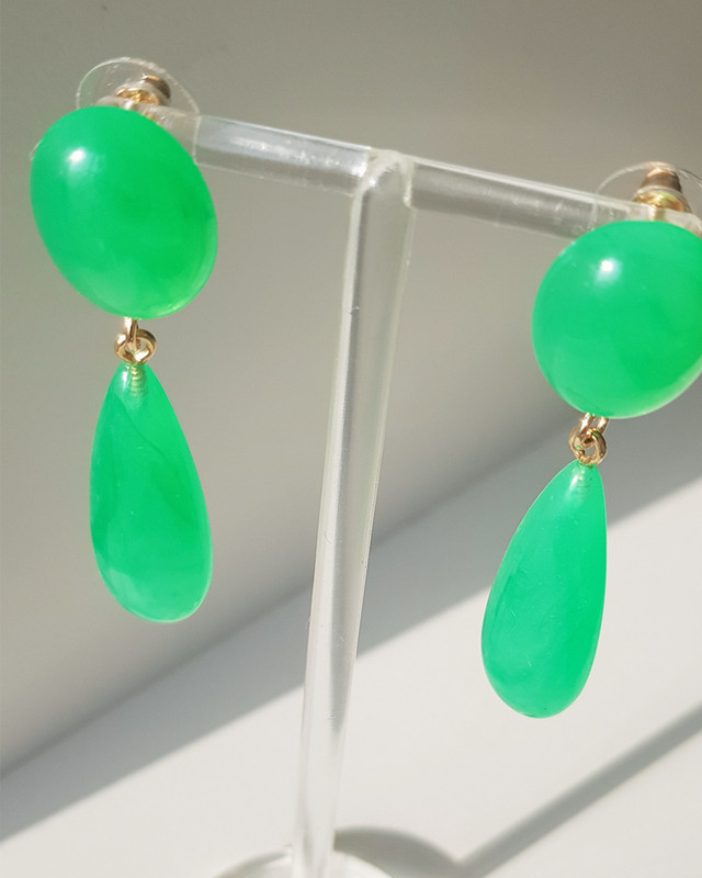 Green Resin Drop Earrings on kellinsilver.com