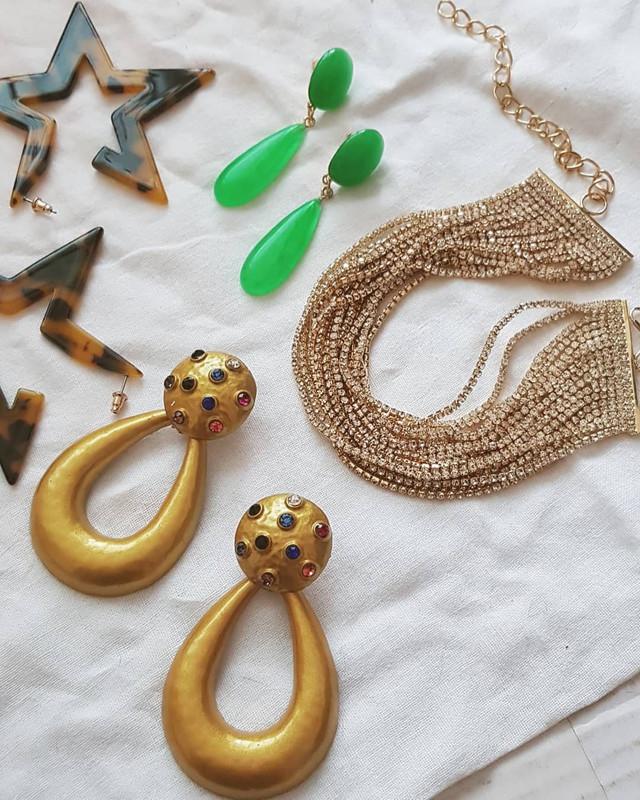 Golden Sadie Hoop Earrings on kellinsilver.com