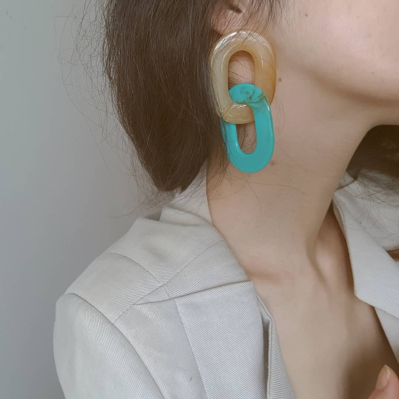 Acrylic Oval Linked Earrings in Turquoise on kellinsilver.com