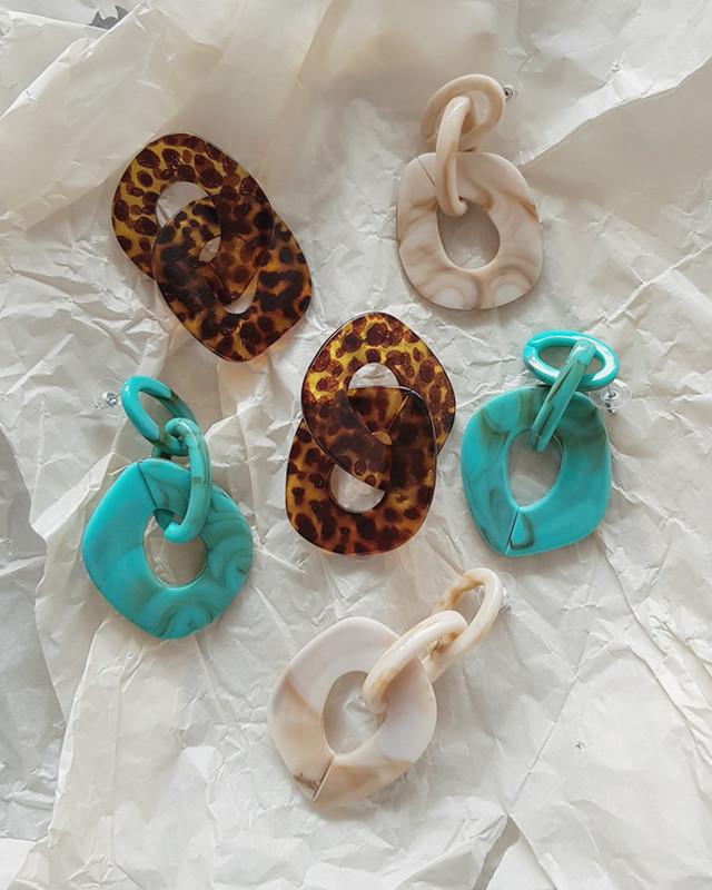 Sibilia Linked Hoop Drop Earrings in Leopard on kellinsilver.com