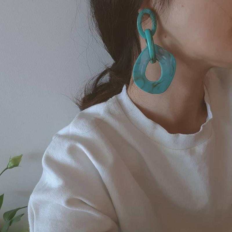 Monet Resin Linked Earrings in Turquoise on kellinsilver.com