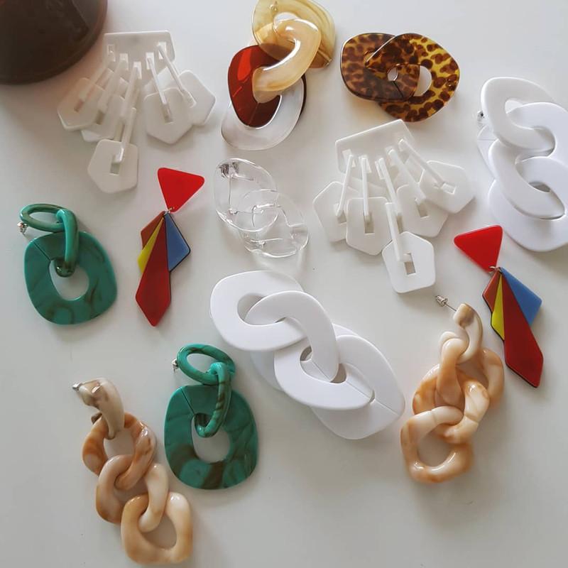 Emily Acrylic Chain Drop Earrings in Honey Beige on kellinsilver.com