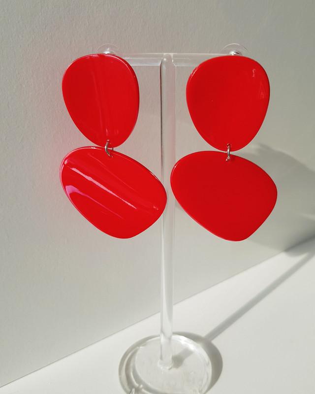 Acrylic Curved Drop Earrings in Red on kellinsilver.com