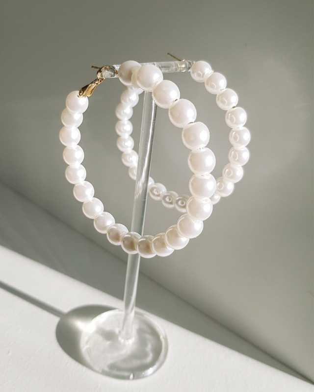 8mm Pearl Hoop Earrings on kellinsilver.com
