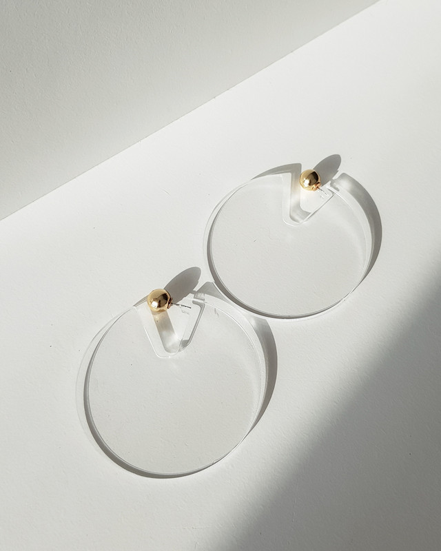 Acrylic Disc Hoop Earrings in Clear on kellinsilver.com
