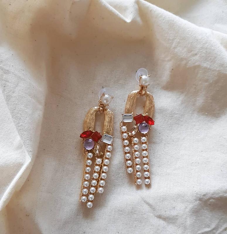 Merry Pearl Drop Earrings in Red on kellinsilver.com