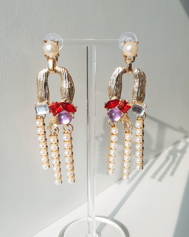 Merry Pearl Drop Earrings in Red on kellinsilver.com