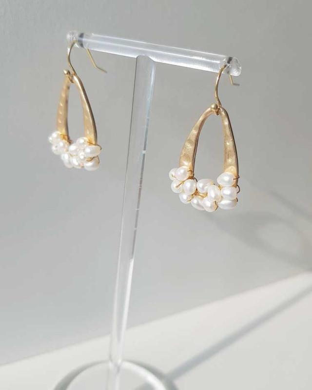 Jolie Pearl Earrings on kellinsilver.com