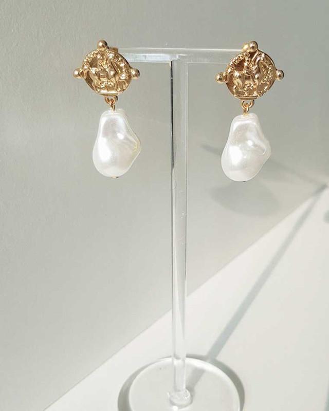 Vintage Coin Pearl Earrings on kellinsilver.com
