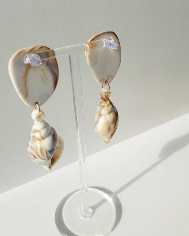 Resin Conch Shell Earrings on kellinsilver.com