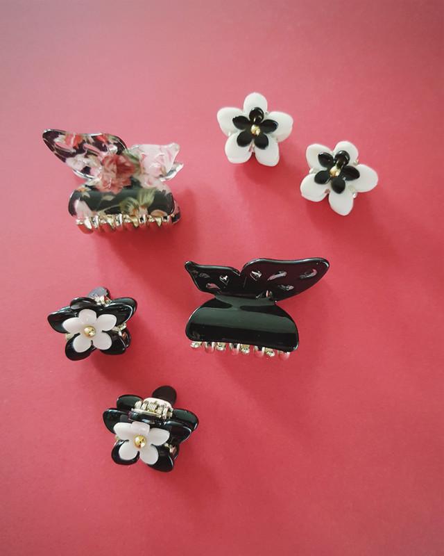 Double Daisy Mini Claw Set of 2 in Black on kellinsilver.com
