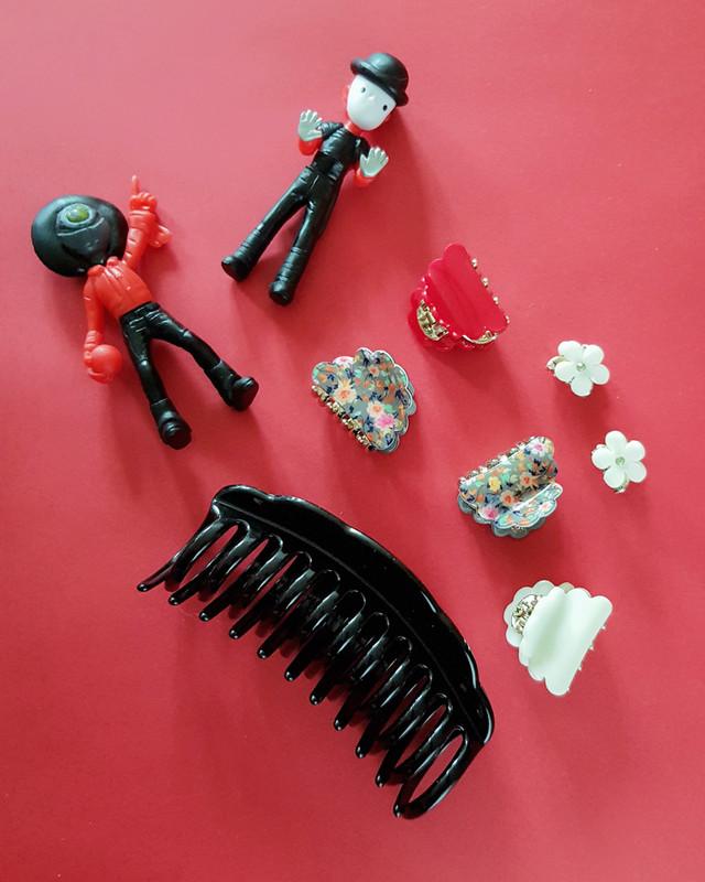 Mini Daisy Hair Claws Set of 4  on kellinsilver.com