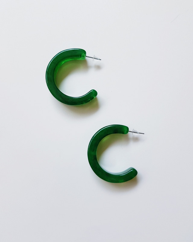 Moli Acrylic Hoop Earrings in Green on kellinsilver.com