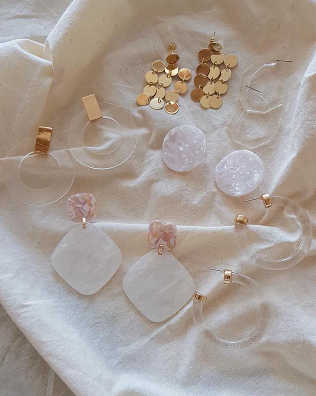 Vera Circle Hoop Earrings on kellinsilver.com