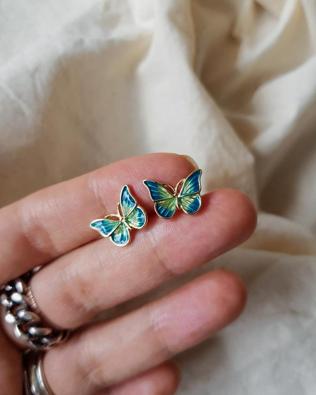 Tiny Green Butterfly Earrings on kellinsilver.com