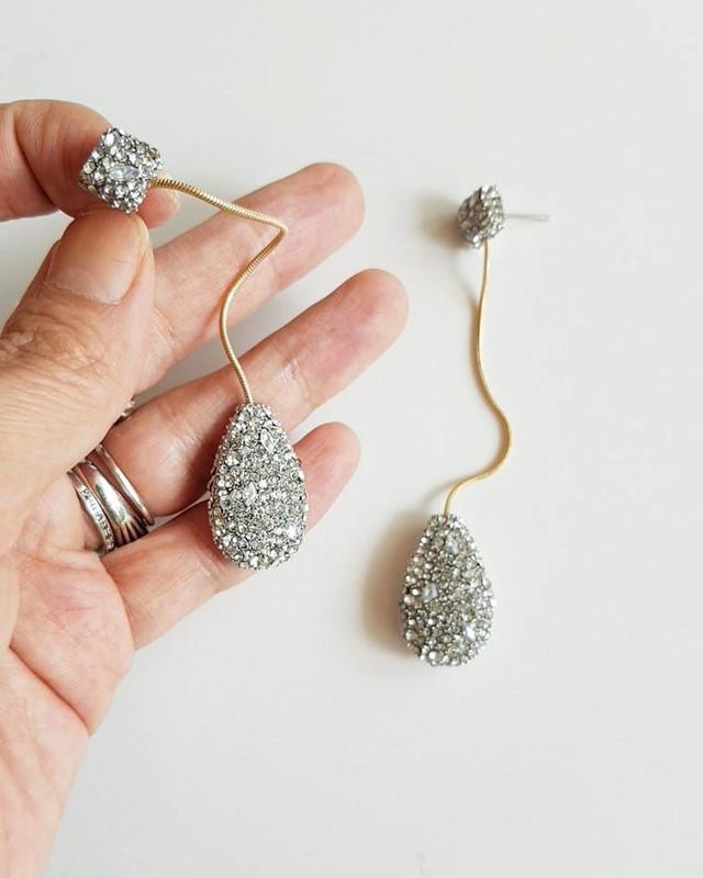 Elegant Teardrop Earrings on kellinsilver.com