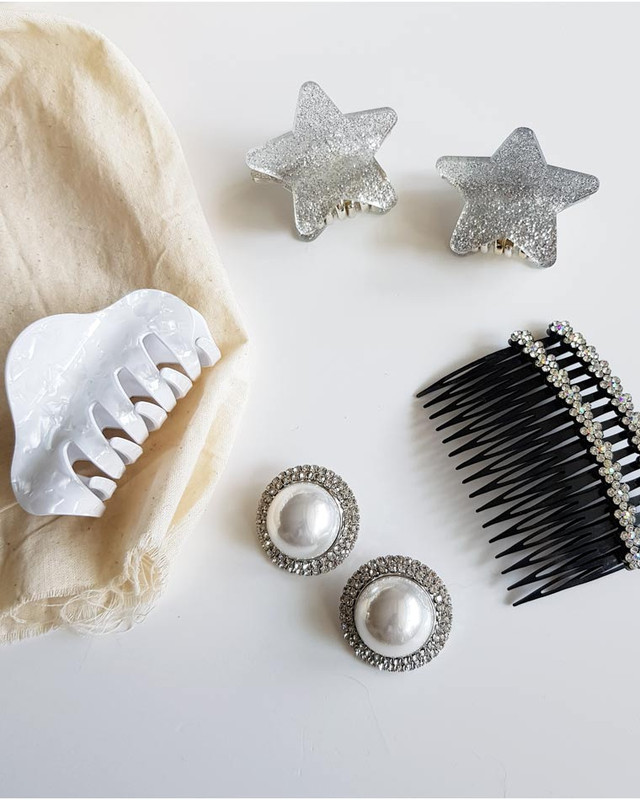 Jessica Hair Clip Claw in White on kellinsilver.com