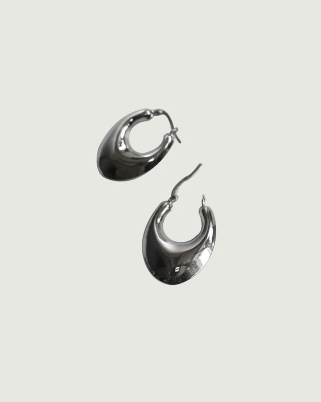 Sterling Silver RAE Bold Hoop Earrings on kellinsilver.com