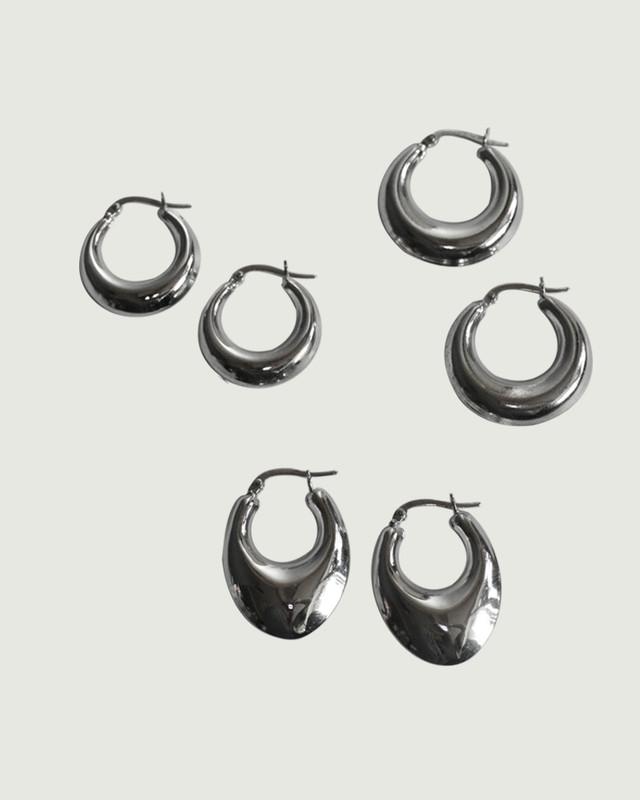 Sterling Silver Sadie Bold Hoop Earrings 20mm on kellinsilver.com