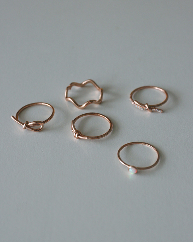 Rose Gold Thin Bow Knot Ring in Sterling Silver on kellinsilver.com