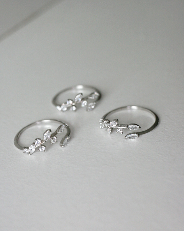 White Gold CZ Olive Leaf Thin Ring in Sterling Silver on kellinsilver.com
