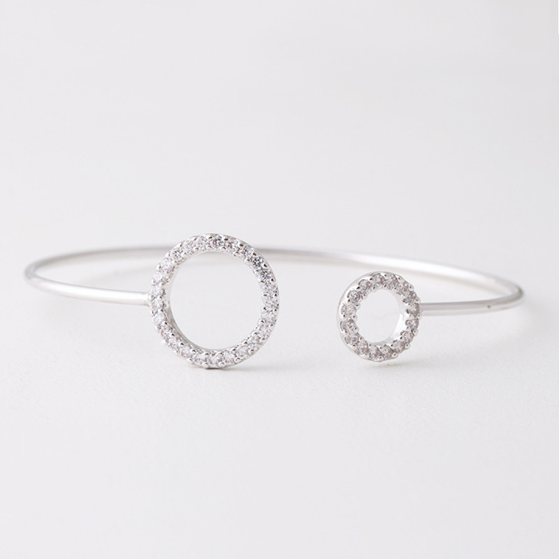 swarovski two circle cuff bracelet white gold from kellinsilver.com