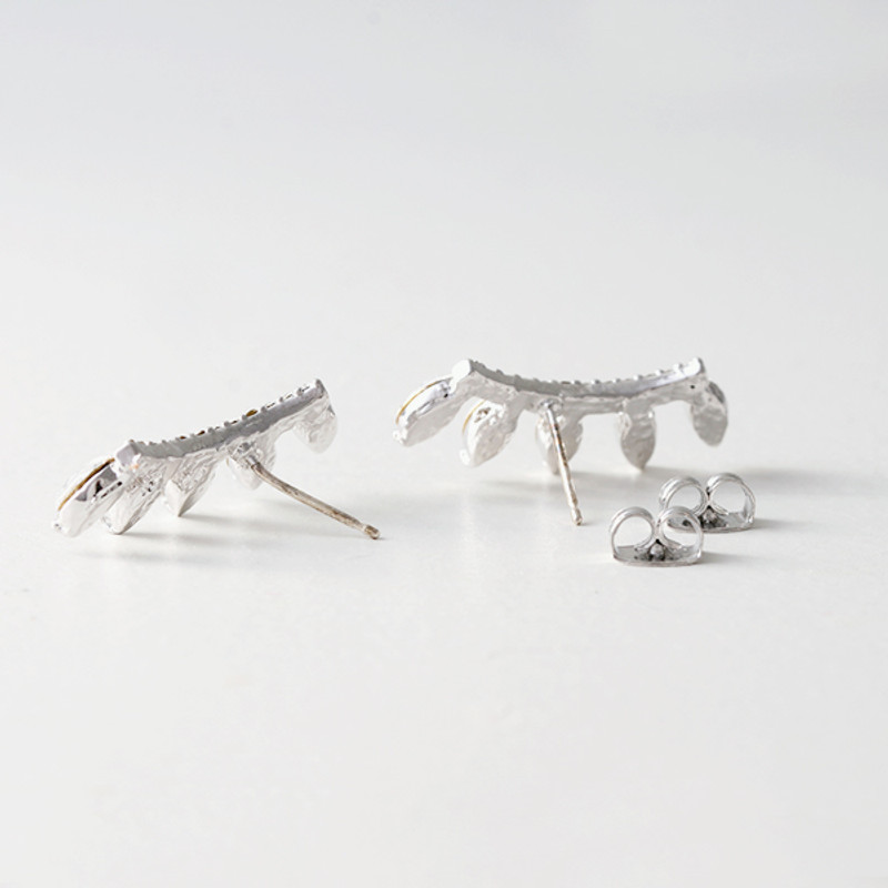 Marquis Curved Earrings from kellinsilver.com