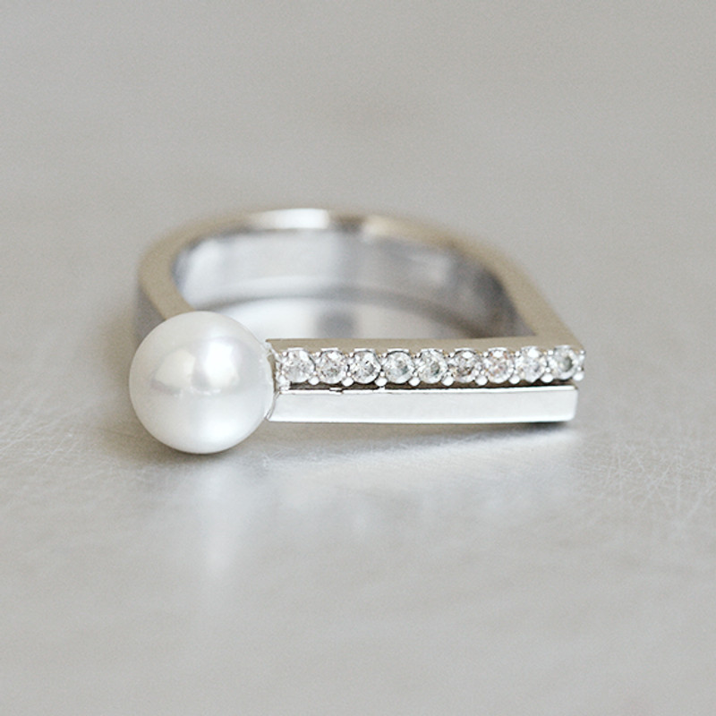 CZ Pearl D Ring Sterling Silver wedding jewelry from kellinsilver.com