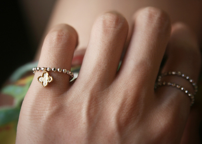 Gold Clover Charm Chain Ring Sterling Silver