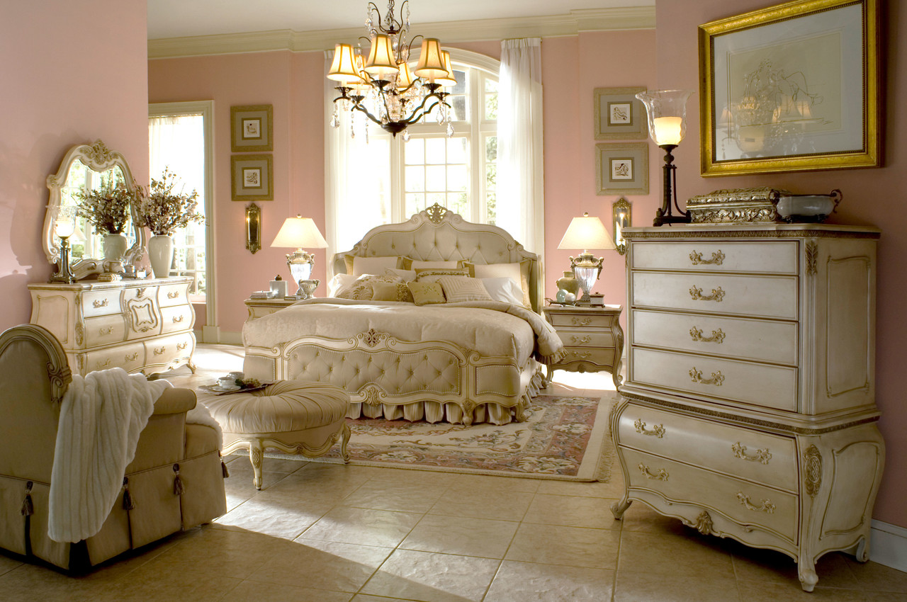 Caravelle Pearl Bedroom