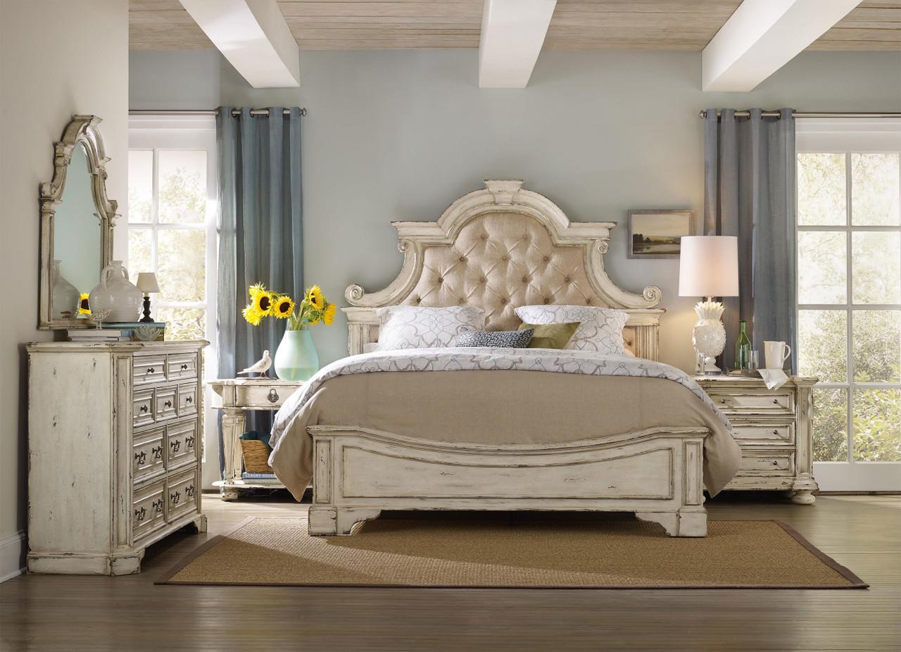 Santina Bedroom
