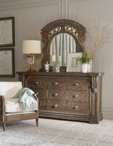 View of the Miabella 9 Drawer Dresser