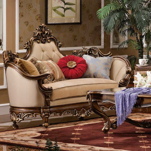 Camila Loveseat
