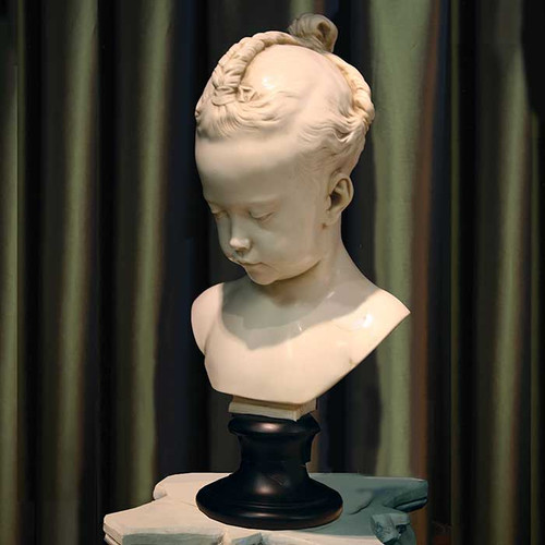 View of the Baby Girl Bust
