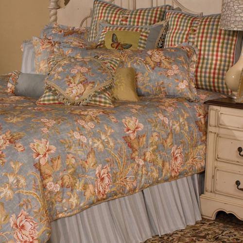 Country Pleasure Bedding