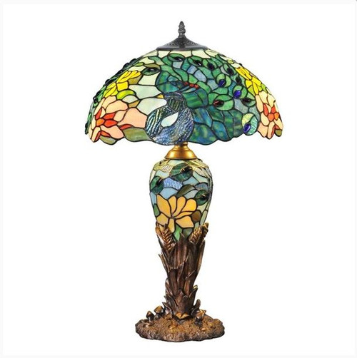 Fantastic Feodora Lamp with light on