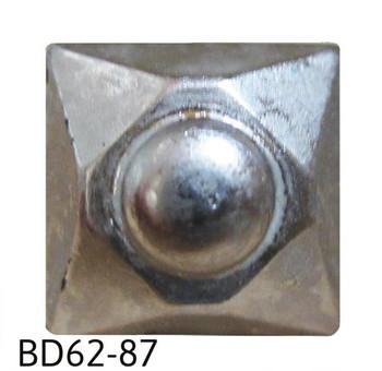 "BD62 - Square Nail/Clavos Head with Circular Detail - Head Size: 9/16"" Nail Length: 5/8"" - 20/Box"