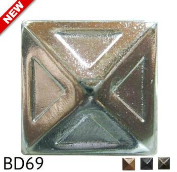 "BD69 - Pyramid Nail with Recessed Detail - Head Size: 3/4"" Nail Length: 5/8"" - 80 per box"
